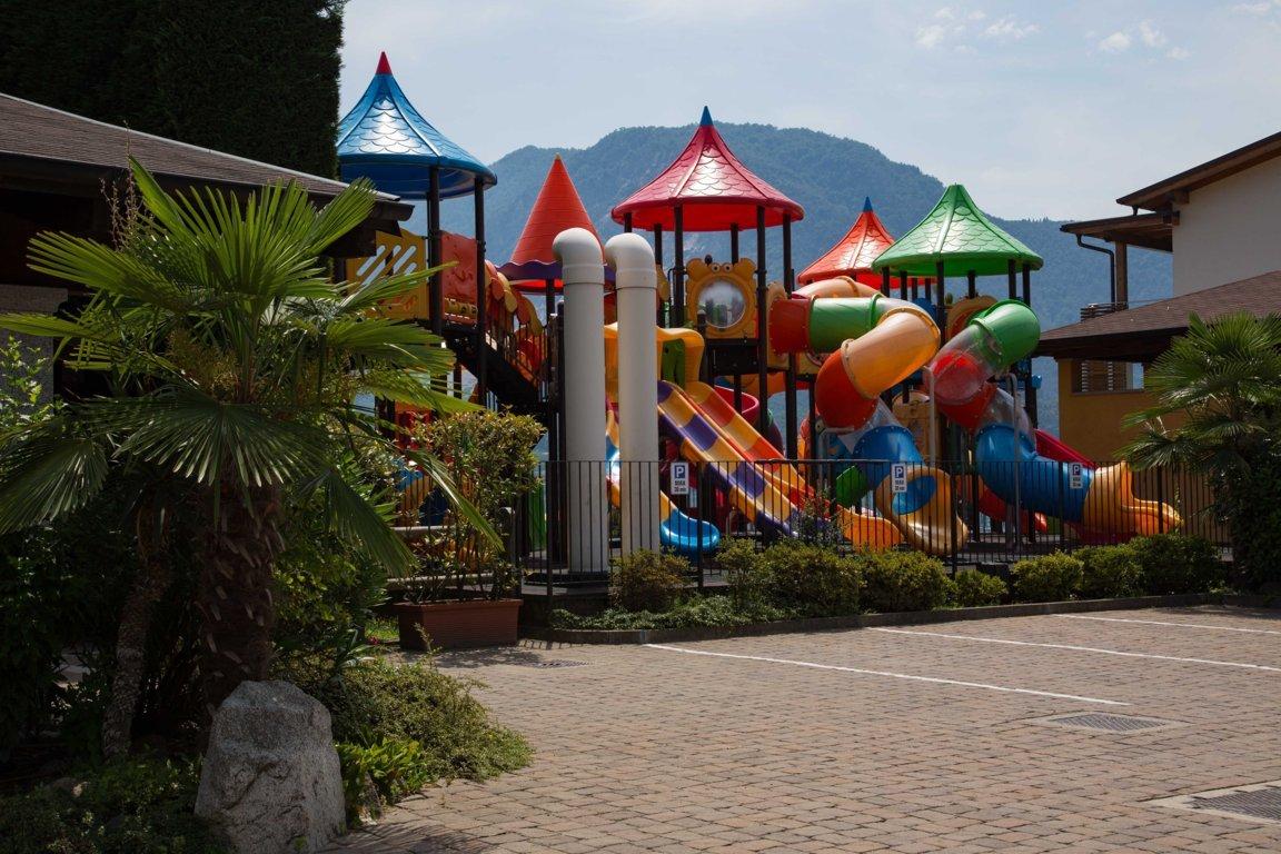 Isolino-Kinderspielplatz